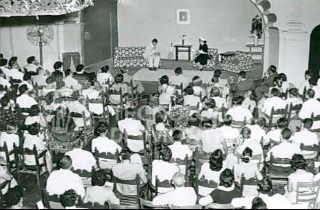 Obra de Teatro Fecha de la toma: 1946 Lugar: Monterrey N.L. Autor: Tecnológico, Campus Monterrey  Epoca: A36- Gobierno de Miguel Alemán Valdez (1946-1952) Personajes: Número de fotografía: 4919