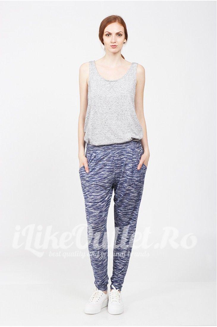 Pantaloni baggy albastru cu alb