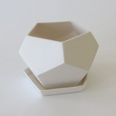 Perfect!Pottery Geometric, Fire Escape, Geometric Planters, Faceted Planters, Faceted Inspiration, Geometric Faceted, Geo Planters, Escape Farms, Faceted Geometric
