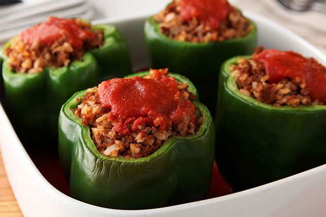 Find nothing but the good stuff in these yummy Stuffed Bell Peppers. With ground beef, onions and seasoning, these Stuffed Bell Peppers are a classic!