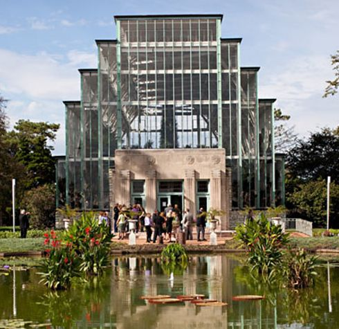 The Jewel Box Greenhouse in St. Louis Missouri | 22 Of The Coolest Places To Get Married In America