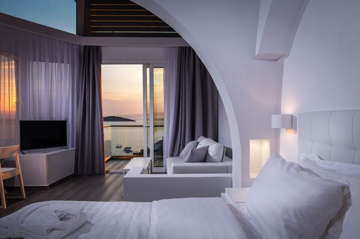 """Deluxe Sea View Suite """"Sophie"""" of Hotel Akti Ouranoupoli"""