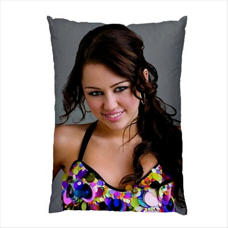 "MILEY CYRUS 30""X20"" Photo Pillow Case Gift  http://www.ebay.co.uk/itm/NEW-VERY-HOT-MILEY-CYRUS-30-X20-Photo-Pillow-Case-Gift-/160977667969?pt=UK_Home_Garden_Bedroom_Bedding_PP=item257b044781"