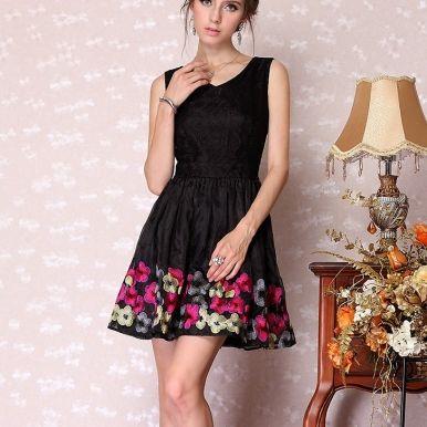 Western Junior Retro Embroidery Sleeveless Dress Black