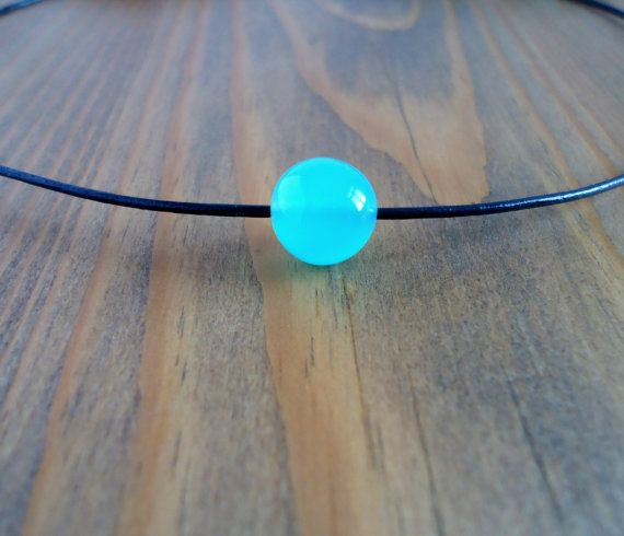 Gemstone leather choker necklace with mint agate beaded by BakGuri