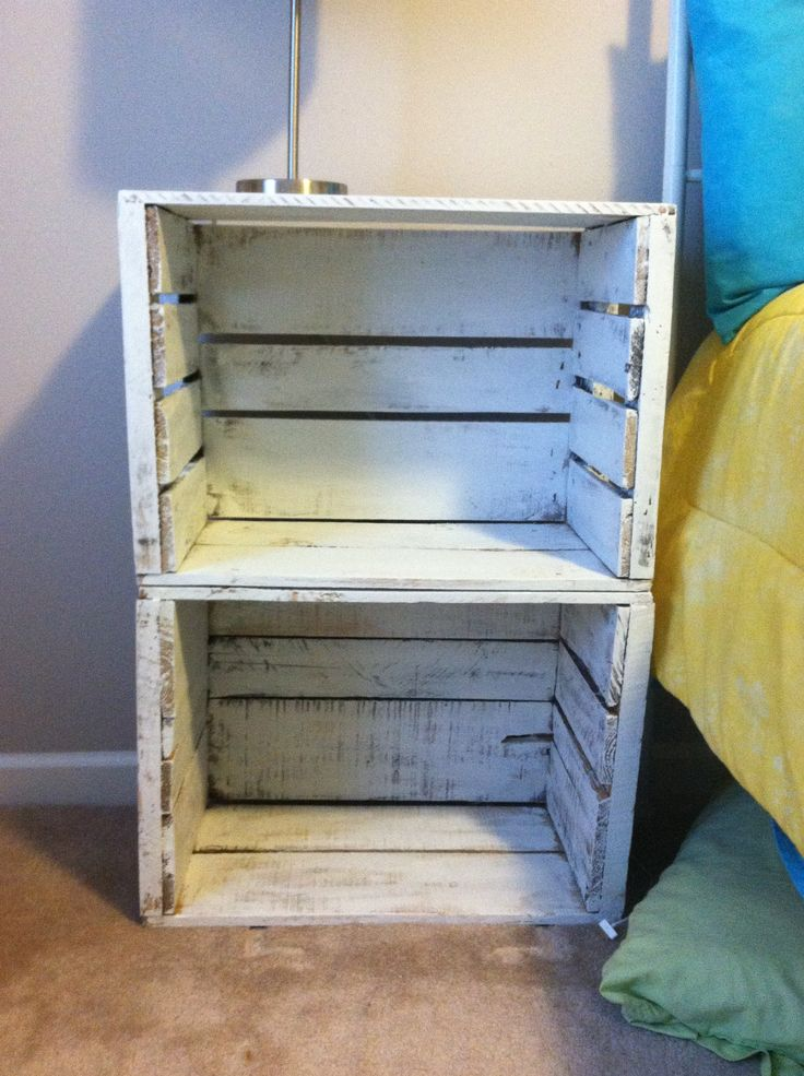 17 best ideas about apple crates on pinterest dog food for Wooden crate bedside table