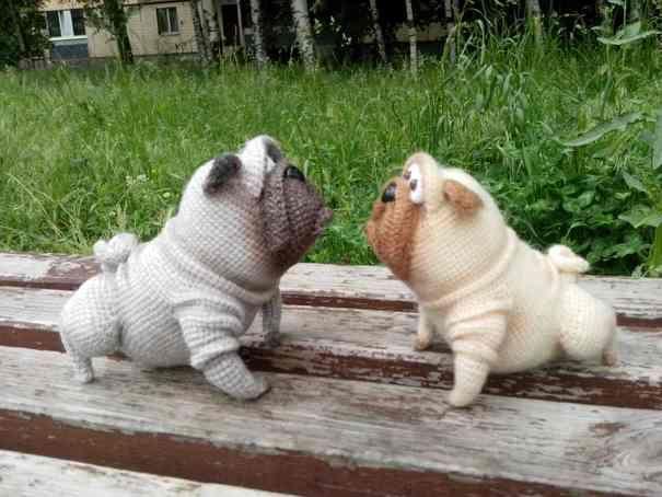 Ручная работа Вязаная крючком игрушка собака мопс Рудик (амигуруми)