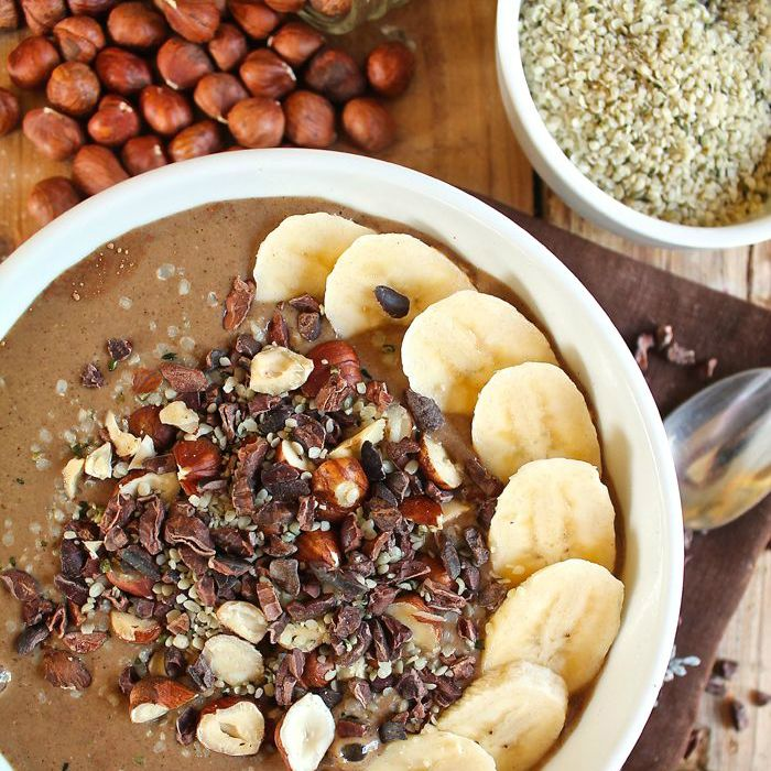Start your morning with a delicious Chocolate Hazelnut Hemp Smoothie Bowl.