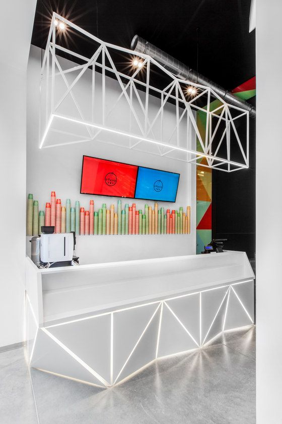 TOKYO TEY Sushi Store de mode:lina architekci   Diseño de bares