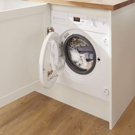 1600rpm integrated washing machine   Laundry   Howdens Joinery
