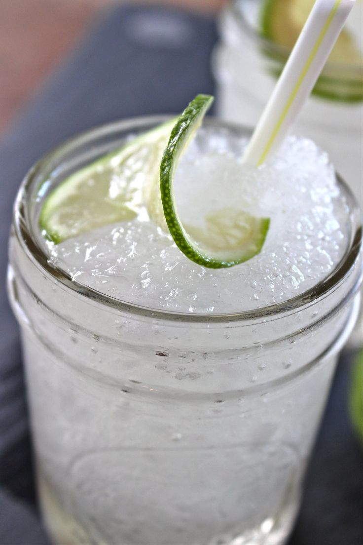 Cocktail Recipe: Frozen Gin Tonic — The 10-Minute Happy Hour via @thekitchn