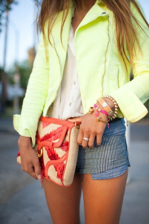 colour zap.: Light Pink Blazers, Arm Candy, Style, Color, Neon Fashion, Outfit, Summer Night, Bags, Neon Yellow