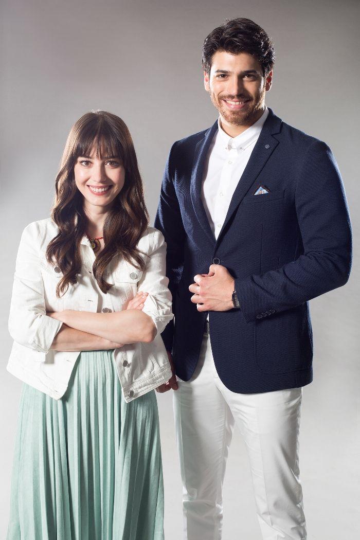 Star Tv'nin yeni dizisi Dolunay'ın yayın tarihi belli oldu  Özge Gürel, Can Yaman