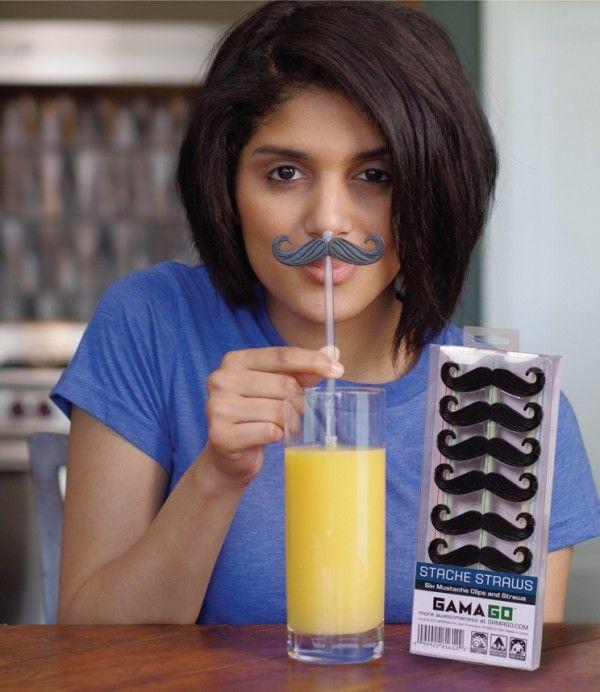 Des pailles moustaches, pour nos amis imberbes