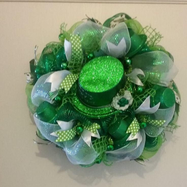 On Sale  10% off St Patricks Day Wreath/ Door Hanger Irish Leprechaun Hat Wreath Irish Holiday Irsh Wreath Wreath Green Holiday Wreath by CindysCrafting on Etsy
