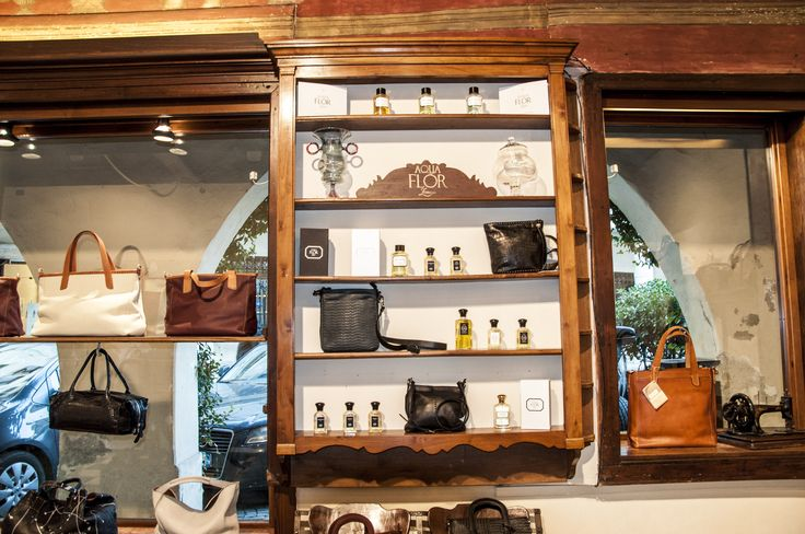 new boutique store and showroom in charming Asolo (Italy) #design #leather #handmade #bags #madeinItaly