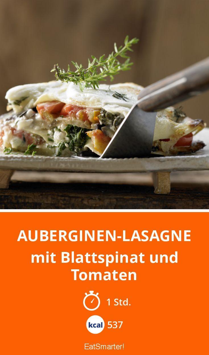 Auberginen-Lasagne mit Blattspinat und Tomaten - Diese Lasagne kannst du perfekt portionieren und sie dann mit ins Büro nehmen.
