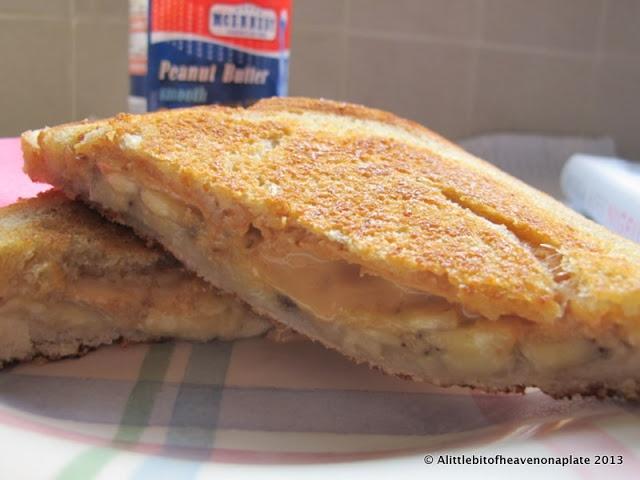 A little bit of heaven on a plate...: Elvis Presley's peanut butter and banana sandwich - Nigella Lawson recipe