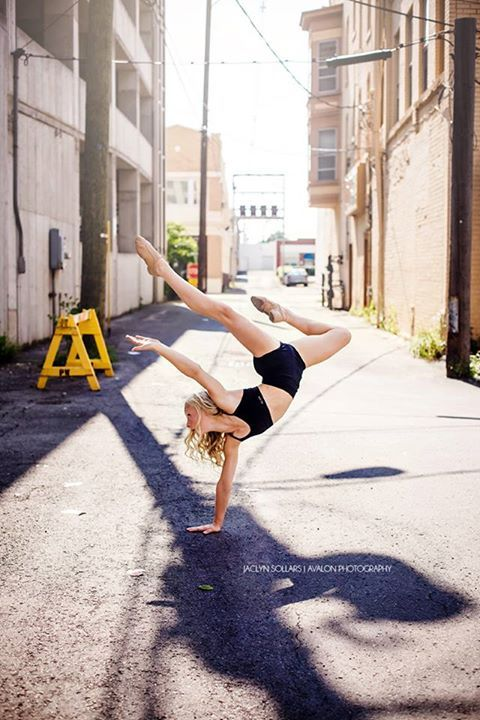 Downtown moves #Dance #Photography