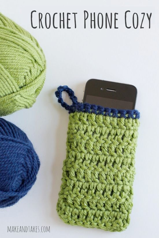 Crochet a Phone Cozy @Make and Takes.com #crochetaday