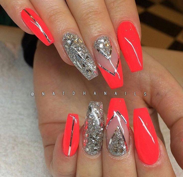 Coral & silver coffin nails Uñas, Uñas lindas, Tatuajes