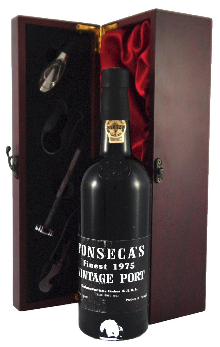1975 Fonseca #vintage port :medium coloured, moderately sweet and displays great style and texture.  http://www.vintageportgifts.co.uk/