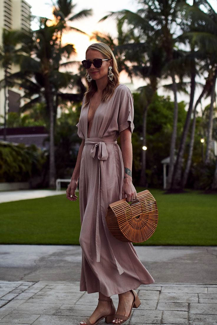 Best 25+ Tropical Outfit Ideas On Pinterest