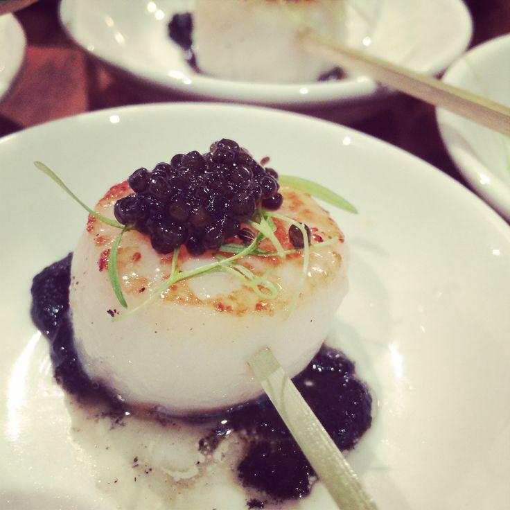 scallop, blackened carrot puree, caviar