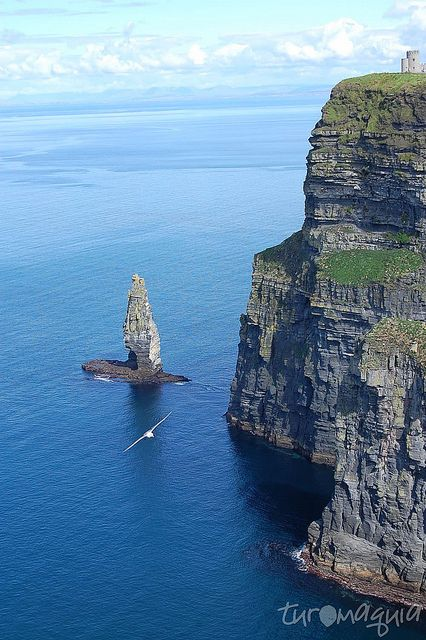Cliffs of Moher - Irlanda by Turomaquia, via Flickr