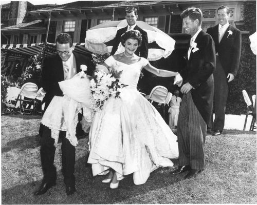 Jacqueline Lee Bouvier and John F. Kennedy were married the morning of September 12, 1953, in the picturesque St. Mary's Roman Catholic Church in Newport, Rhode Island. Read more    Here, a photo of the newlyweds at their wedding reception at Hammersmith Farm. 9/12/53.: Jackie Kennedy, John Kennedy, Wedding Dressses, Wedding Receptions, Jacqueline Bouvier, Rhode Islands, Dresses, Hammersmith Farms, Jacqueline Kennedy