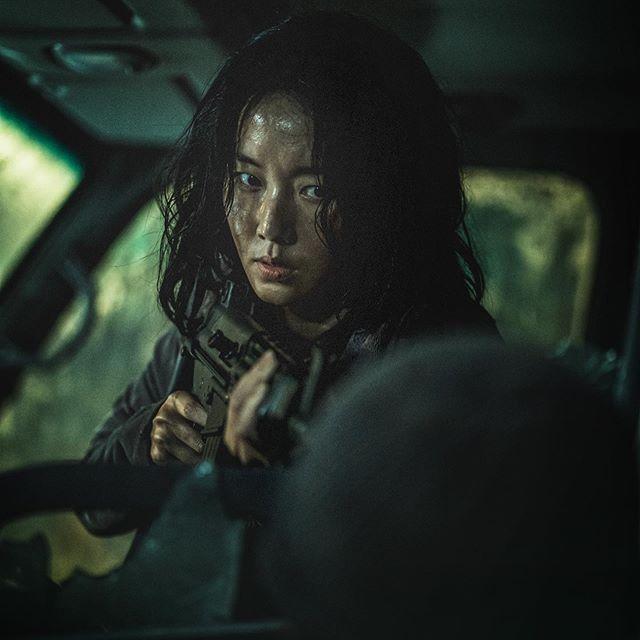 Peninsula Train To Busan 2 Busan Zombie Movies Go Usa
