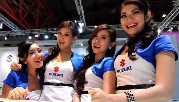 SPG Cantik Suzuki Sedot Rp 1 Miliar di IIMS 2014