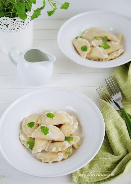 Pierogi z serem - Sweet cheese pierogi (dumplings)  http://pelnytalerz.blogspot.com/2013/09/pierogi-z-serem.html