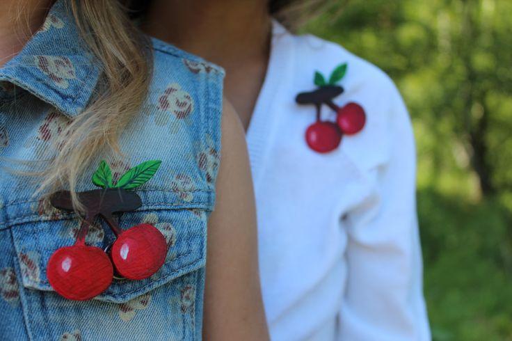 "Брошь ""Wood&Cherry""№13 #Mode #texture #vogue #style #craze #Rage #Fashion #Pin #Brooch #Broach #Handmade #Tree #Wood #Tissue #textile   #fabric #Cloth #Material #Web #Painting #Drawing #design #originally #individually #sweet #girl #beads  #embroidery    #cherry"