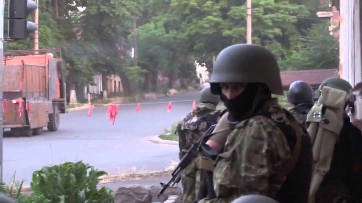 Ukraine war ~ COMBAT FOOTAGE   Mariupol  Azov Battalion Raid Donetsk Rep...