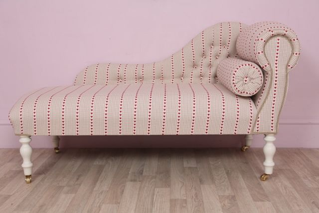 https://www.vintagevibe.co.uk/product/striped-heart-fabric-chaise-longue-day-bed/