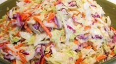 Anti-Stress Treatment: Detox Salad with Apple and Cabbage