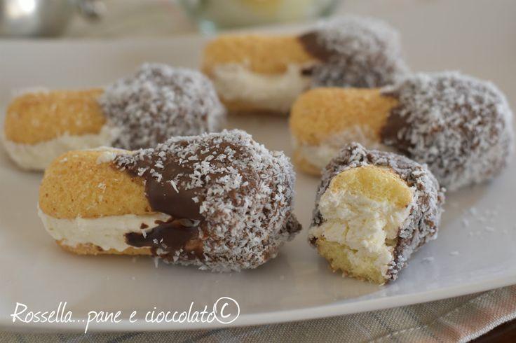 IMPAZZIRETE per QUESTI DOLCETTI velocissimi ricetta_>http://blog.giallozafferano.it/ricettepanedolci/dolcetti-ai-pavesini-cocco-e-nutella/ _________________________
