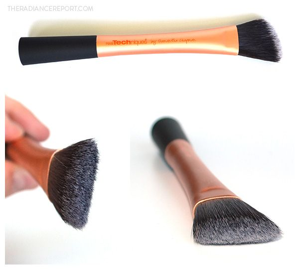 Real Techniques Foundation Brush Review via pinterest.com/radiancereport/ --- #realtechniques #pixiwoos #bblogs #beautyblogs #bbloggers