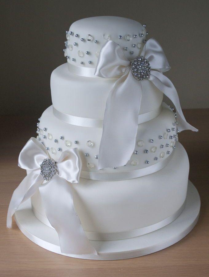 Best 20 Diamond Wedding Cakes Ideas On Pinterest Pastel