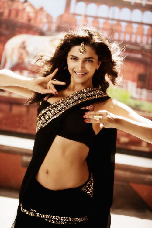 deepika padukone..love the black saree