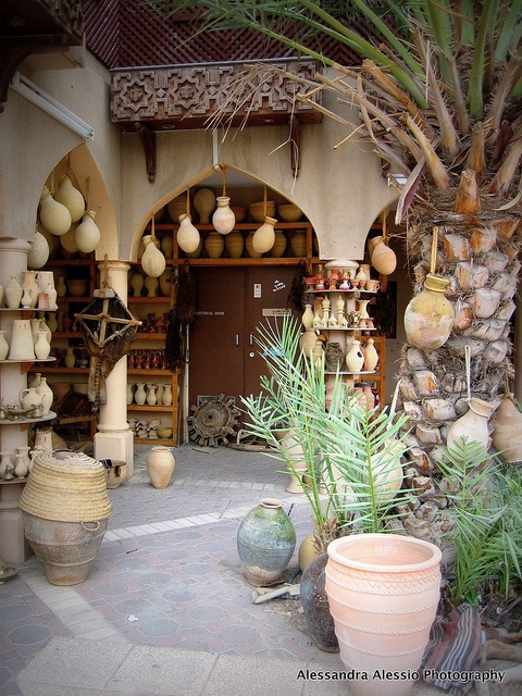 2006, October 22-Trip to OMAN-Muscat, Nizwa (72) by Alessandra Alessio, via Flickr