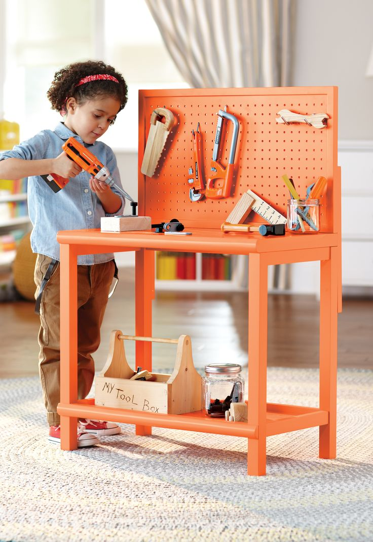 Spark your little do-it-yourselfer's creativity with an orange workstation and fun projects. We love this!