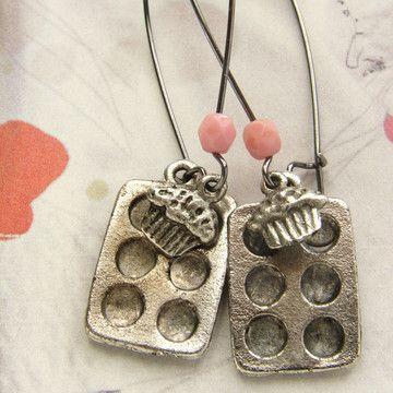 Cupcake Baking Pan Earrings @Stephanie Francis H