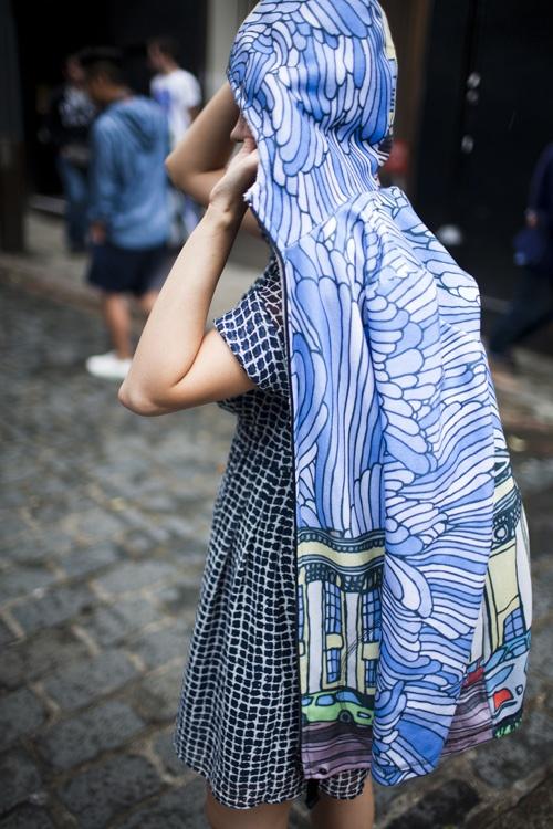 BluesOne Bleu, Legwear Fashion, Blue, Prints Coats, Clothing Details, Fashion Prints, Jackets, Fashion On, Pattern Prints