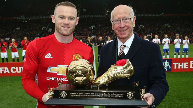 (2017) Sir Bobby Charlton backs Wayne Rooney to smash his Manchester United goalscoring record
