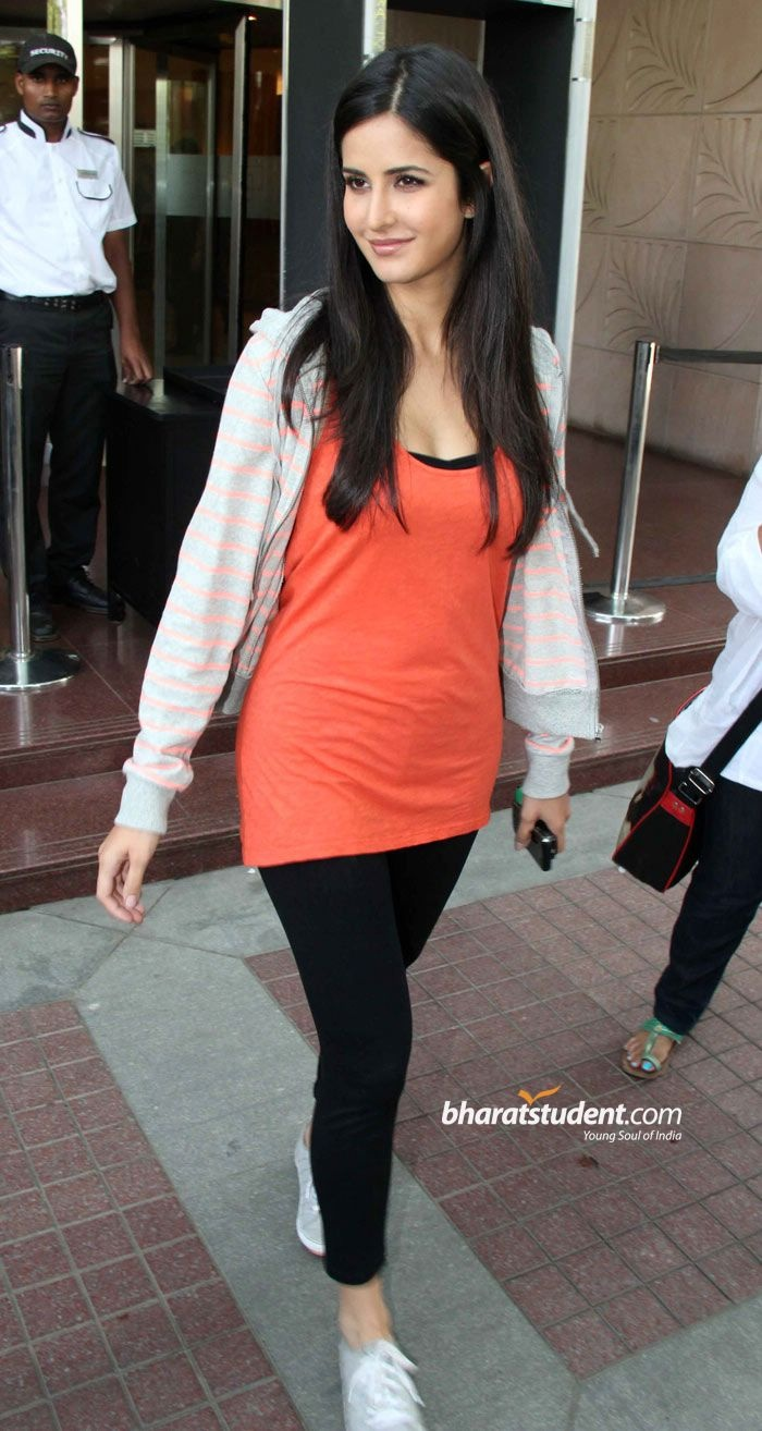 Katrina Kaif -ZNMD promotion 2011