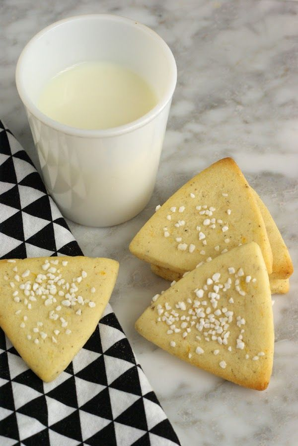 Cardamom Orange Shortbread Recipe by @OleanderandPalm