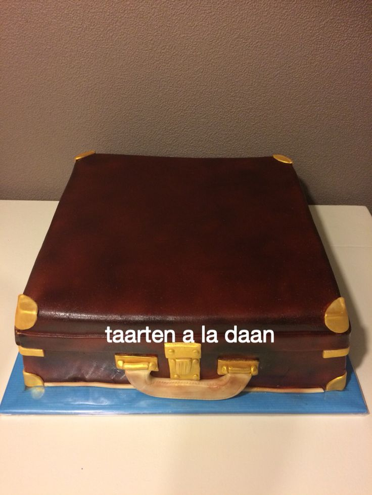 Koffer taart Suitcase cake