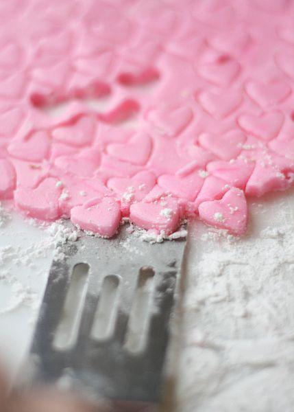 DIY Homemade Valentine's Day Mints